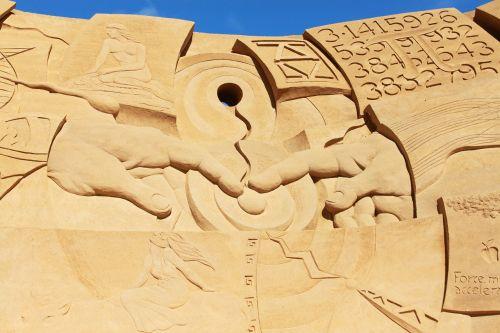 sculpture sand artwork