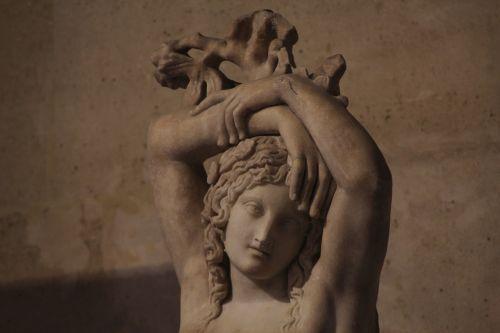 sculpture louvre museum