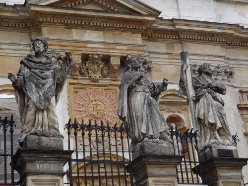 sculpture church poland