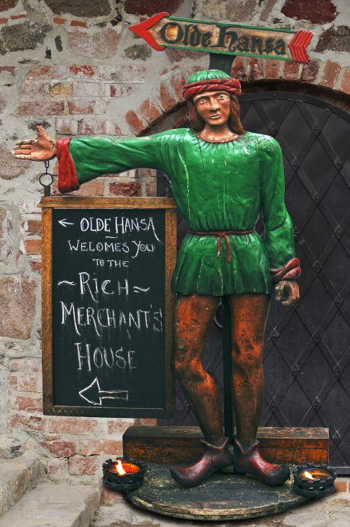 sculpture holzfigur middle ages