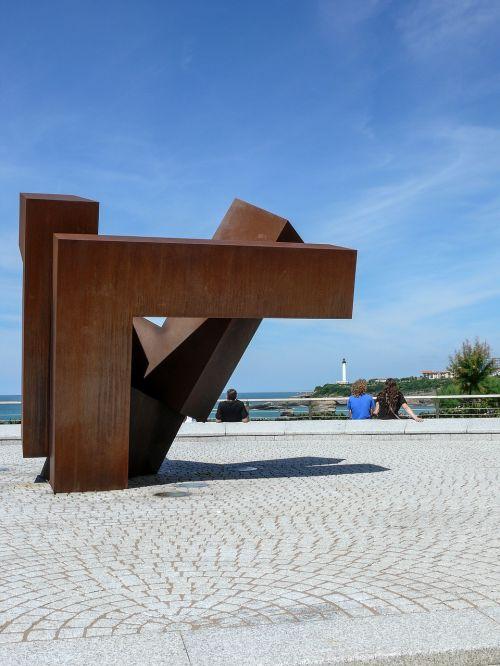 sculpture metal artist