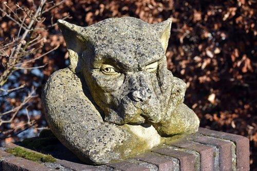 sculpture  singular  thoughtful