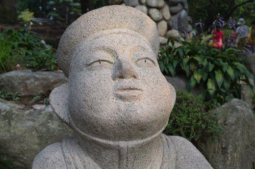 sculpture rubble man