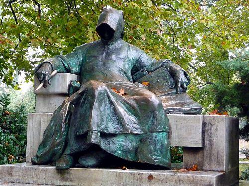 sculpture man sitting