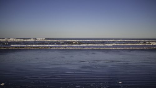sea sky waves