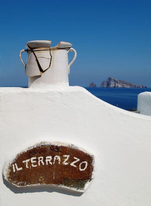 jūra,vanduo,dangus,mėlynas,vasara,taika,atostogos,saulė,atsipalaiduoti,italy,sala,keramikos gaminiai,keramika,indai,sunaikintas,Viduržemio jūros,sicilija,Europa,europietis