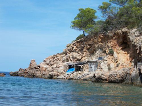 sea outlook holiday