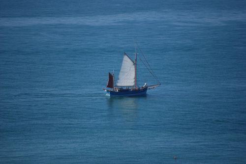 sea old rig sailing