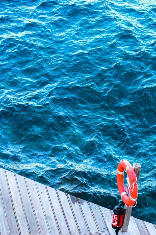 sea water circle