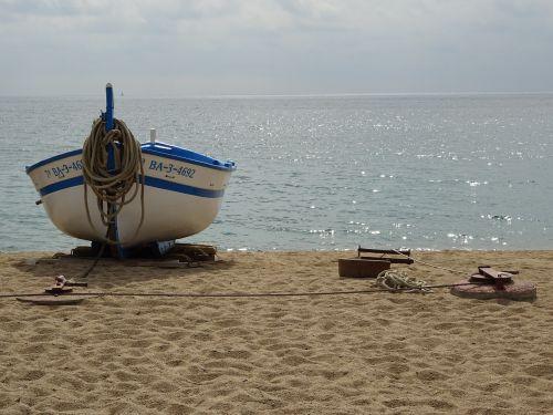 sea barca sand