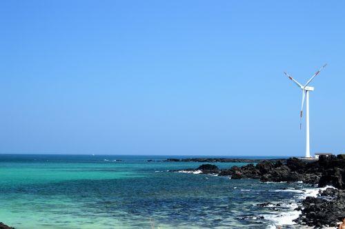 sea wind power generator beach