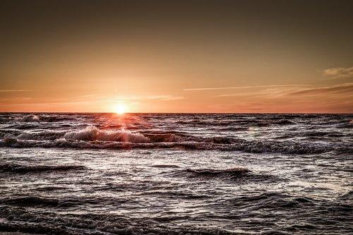 sea  sunset  holiday