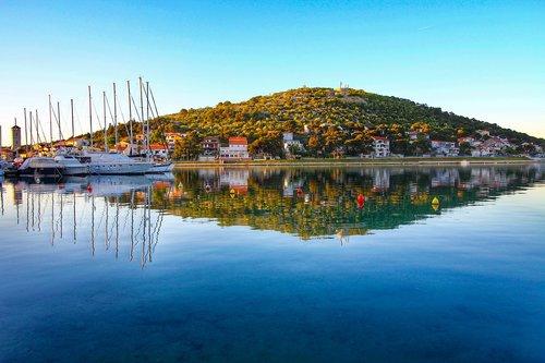 sea  boats  vacations