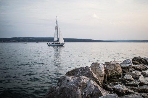 sea  sailing boat  water