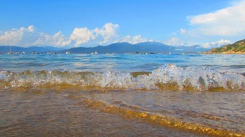 sea  blue sky  beautiful wave