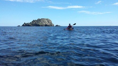 sea  kayak  rock