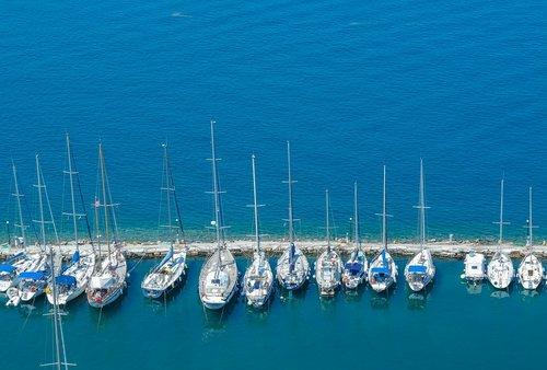sea  boats  sail