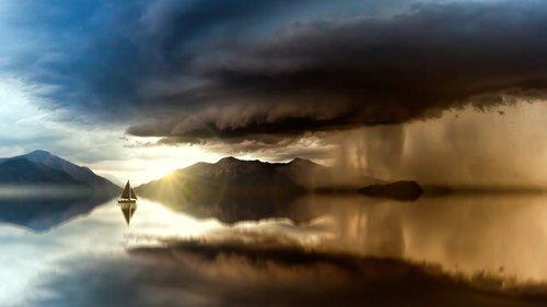 sea  forward  sailing boat