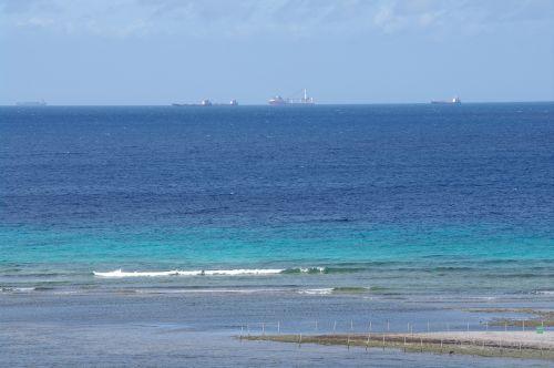 sea aruba caribbean