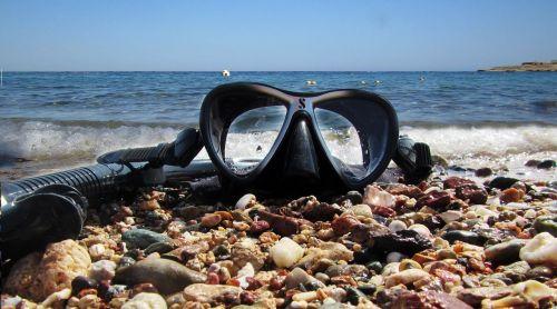 sea diving water