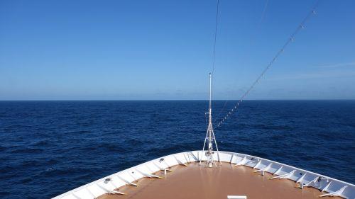 sea ship cruise ship