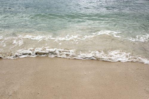 jūra & nbsp, vėjas, baltos spalvos & nbsp, smėlis, vėjas, vanduo, papludimys, maža & nbsp, akmenukai, bangos, burbuliukai, Jūros vėjelis