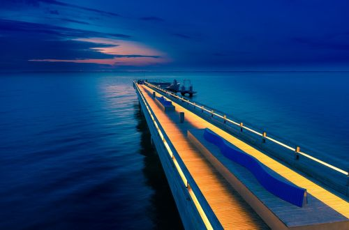sea bridge heiligenhafen dusk