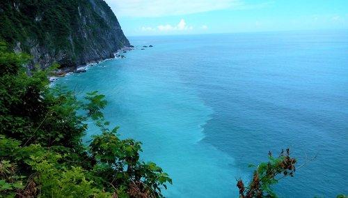 sea shore  big blue  blue