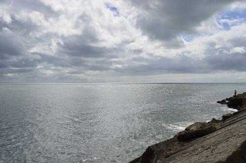 sea silver cloudy mar del plata