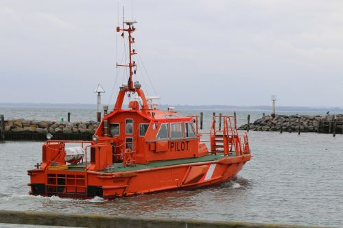 seafaring pilot boat waters