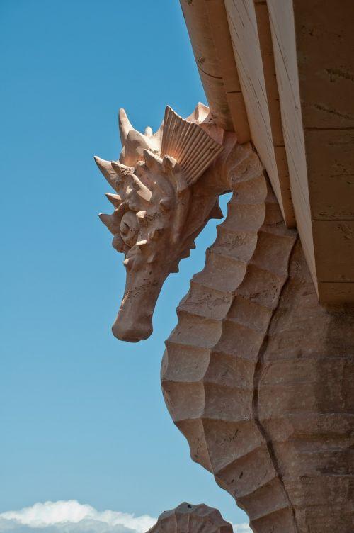 seahorse statue design