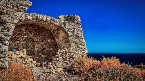 seaside fort ruins