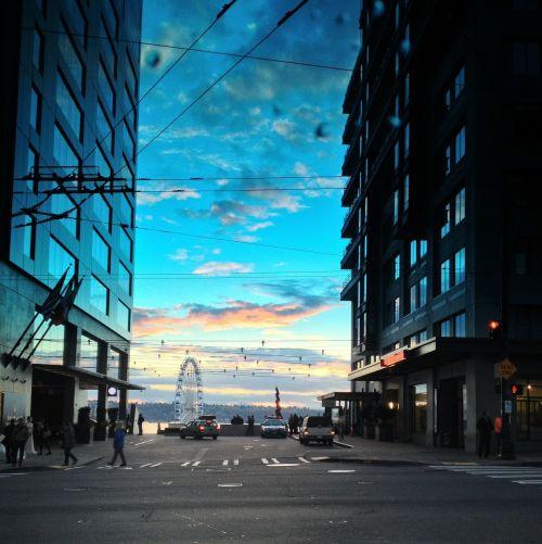 seattle ferris wheel sunset