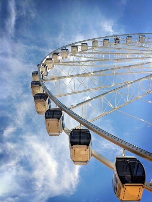 seattle  ferris wheel  pike place