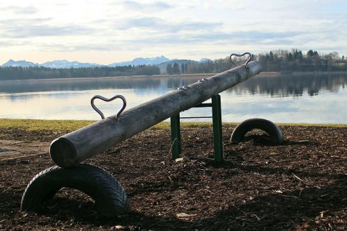 see saw swing swing device
