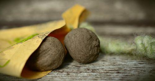 seed bombs seed balls seed bomb