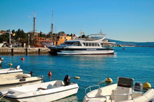 croatia coast peasant port