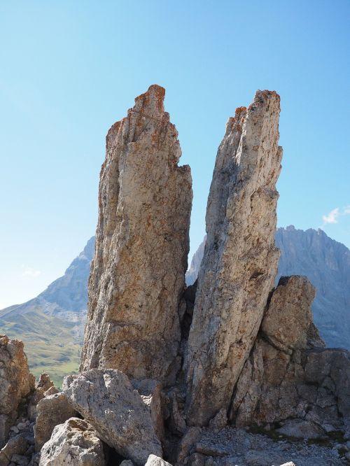 sella pass sella rocky towers
