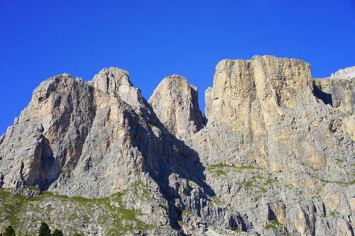 sellatuerme piz ciavazes mountains