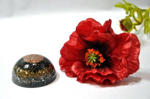 semi sphere orgone red flower