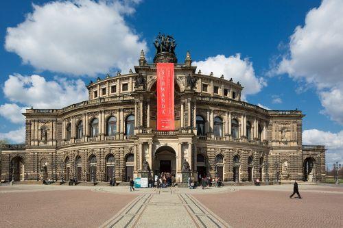 semper opera house dresden historically
