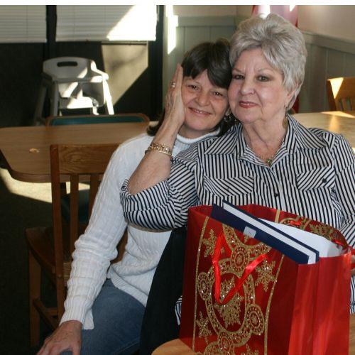 seniors elderly daughter