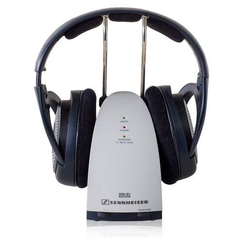 sennheiser wireless headphones  headphones  isolated