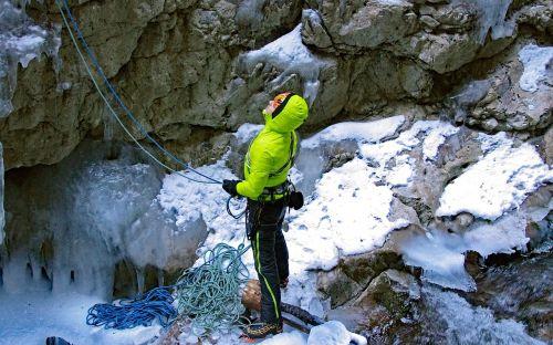 serrai di sottoguda dolomites ice falls