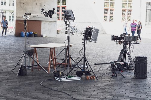 set  video camera  film camera