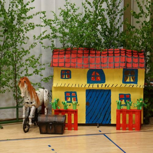 set piece children's representation the school the spring festival