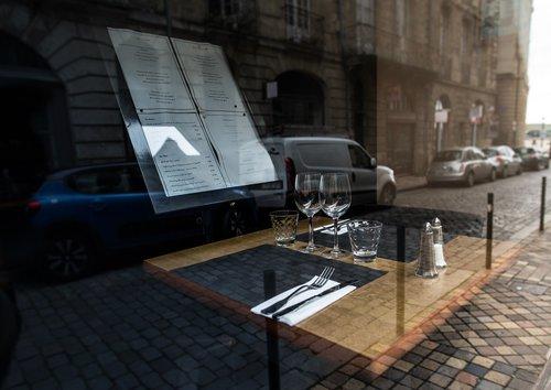 set table  restaurant  shopping