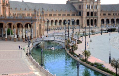 seville plaza de espana historically