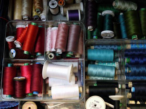 sew yarn thread