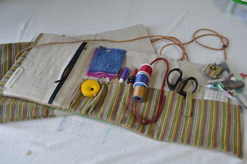 sewing kit half-built li scissors